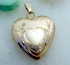 16mm Wide 14k Fancy Heart Locket