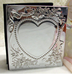 Engraved Sweetheart Wedding Album