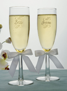 Engraved Bride & Groom Wedding Toasting Flutes